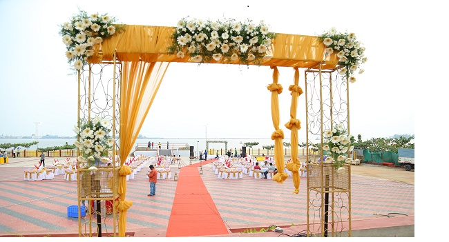 Summer kerala wedding decoration ideas its time for some hot summer weddings junglespirit Gallery